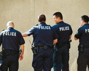 Police 435x350